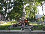 Свислочь, аллея памятников:     памятник советскому солдату