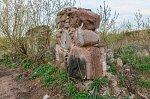 Лыцевичи, усадьба: коровник (руины), XIX в.