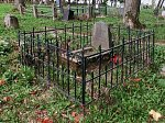 Новогрудок, кладбище православное: могила внука Пушкина, 1870 г.