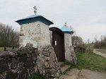 Латыголь, церковь: брама и ограда, XIX в.?