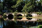 Лынтупы, усадьба: мост арочный, нач. XX в.