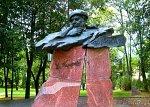 Витебск, памятник Владимиру Короткевичу
